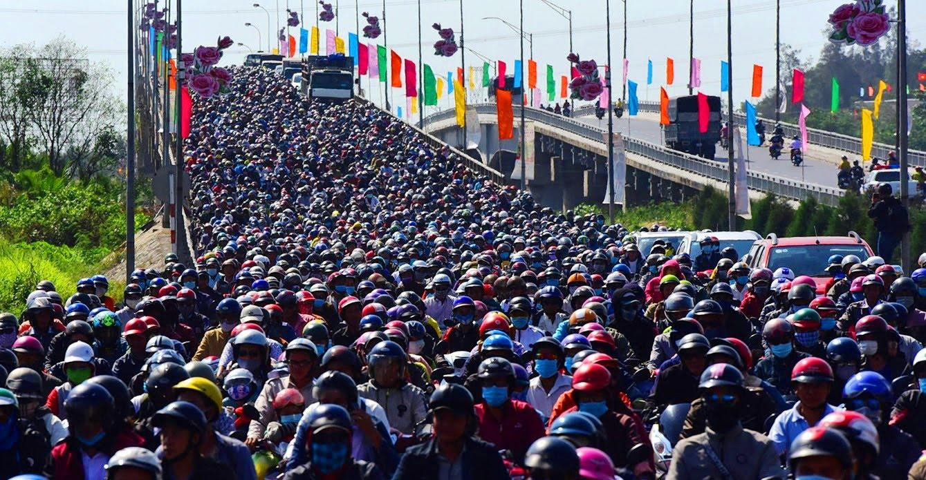 Tin nhanh - Kẹt xe trên các trục đường miền Tây - TP.HCM sau Tết: Người dân hiến kế, chuyên gia phản biện